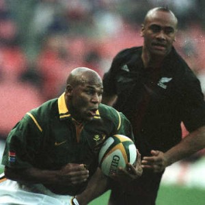 Chester Williams in action against Lomu. Photo - Blitzbokke.com