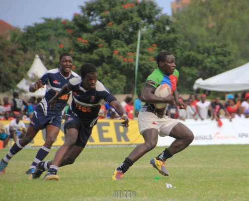 Max Theuri in action against Strathmore (Photo : Mid-Ego Fotography)