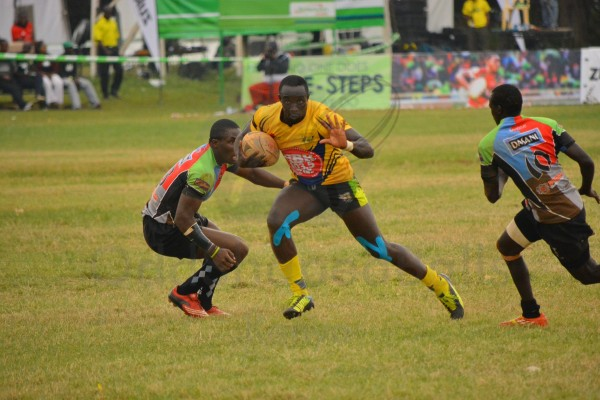 Oscar Ayodi in action against Quins (Photo : James Wahome)