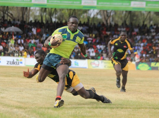 Jacob Ojee in full flight (Photo : Mid-Ego Fotography)