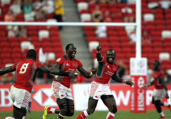 Collins Injera celebrates that drop goal (Photo : World Rugby)